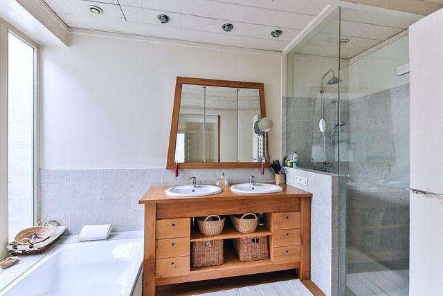 salle de bain bois et osier, déco naturelle, deco ecologique, ecoresponsable, slow deco