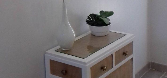 Meuble en bois rénové avec la peinture à la caséine-slow-deco