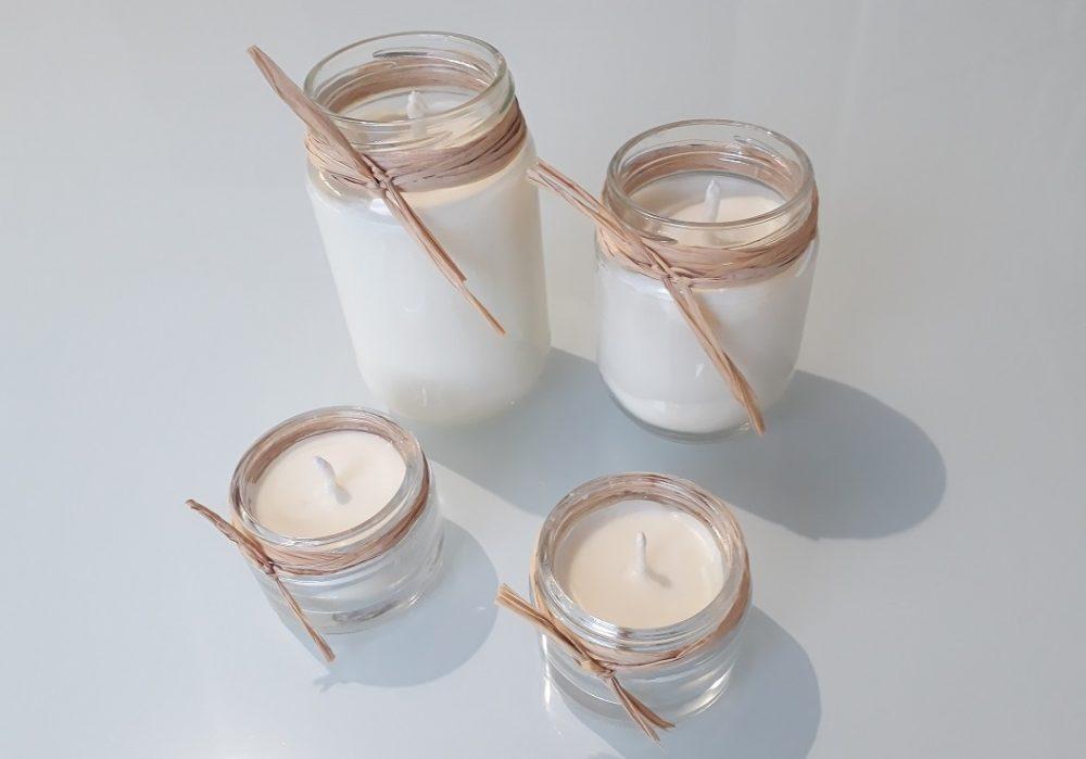 Bougies fait maison naturelles et écologiques à la cire de soja avec du raffia, pour repas de fête, Noël, Nouvel An, mariage, soirées, idée cadeau