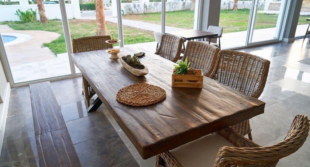 Quelle finition pour nos meubles en bois brut ou rénovés ? - Slow Deco